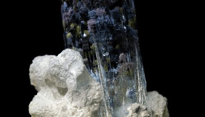 Fantastical Video Imagines the Crystalized Intricacies of Mineral Deposits
