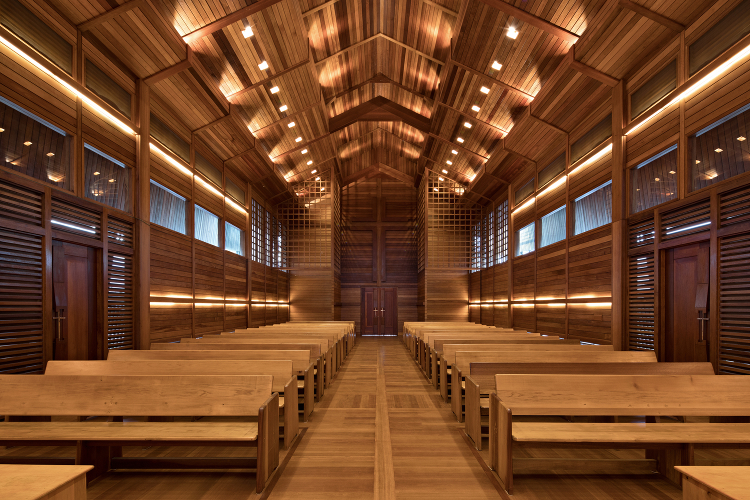 Two Recycled Woods are Engineered into a Modest, Airy Church in Indonesia