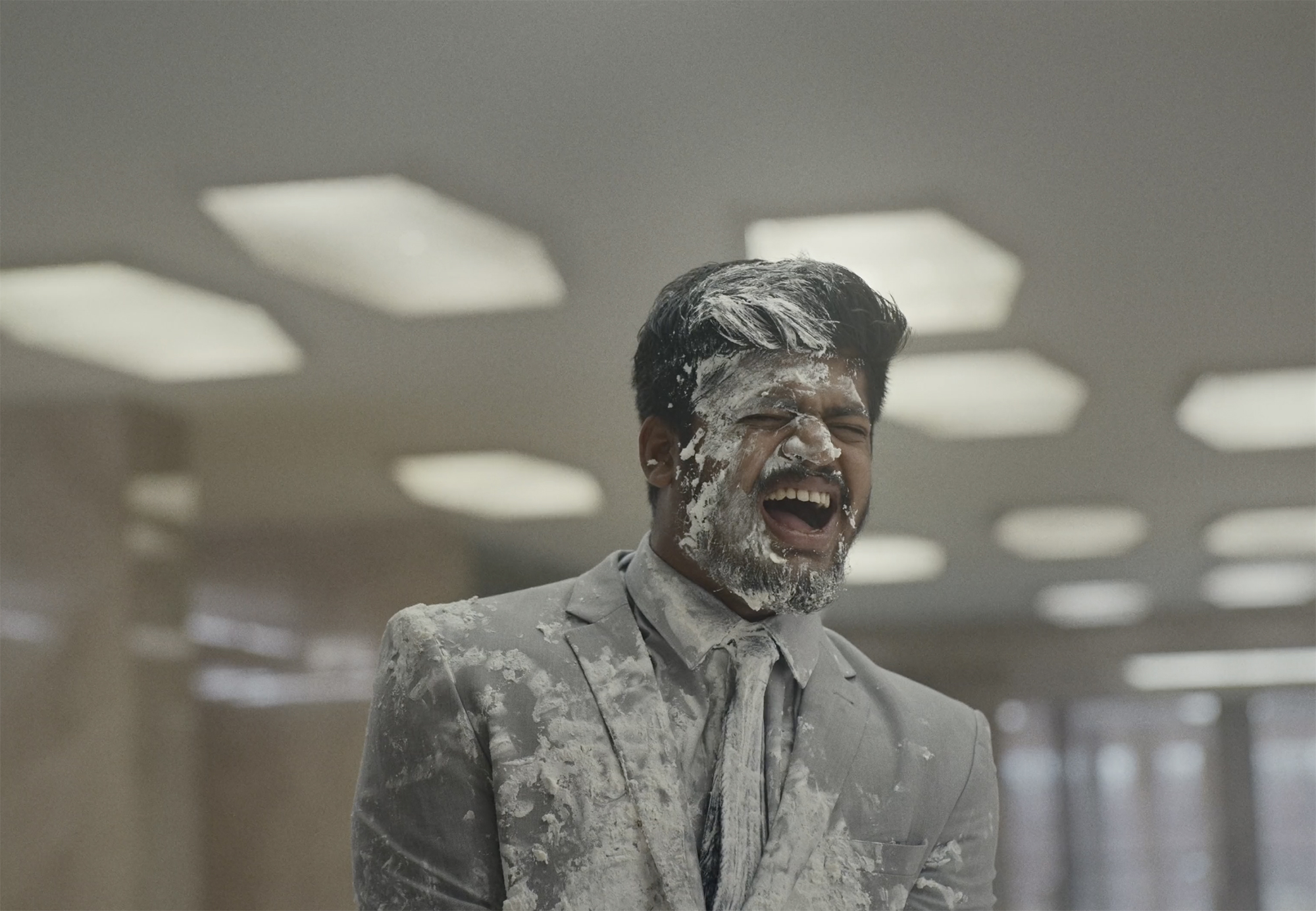 Hilarity Ensues as Everything Goes Catastrophically Wrong in an Ad for Etisalat