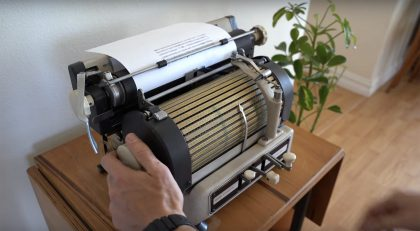A Rare Toshiba Typewriter from the 1950s Operates with a Trilingual Index of Thousands of Characters