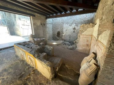An Ancient Snack Bar Lined with Elaborate Frescoes Opens in Pompeii